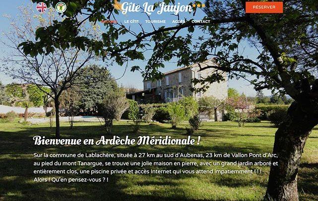 Site internet Gîte La Jaujon, module de réservation intégré. Web design Laurent Chabaud